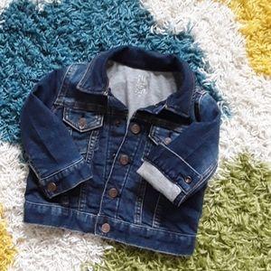 Baby GAP denim jacket 12-18 mos EUC